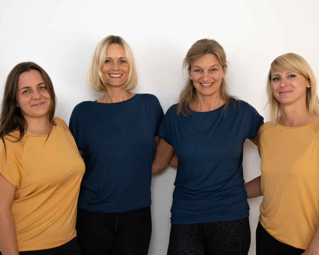 Trainerinnen des studyo, das exklusive Yoga Studio in Graz.